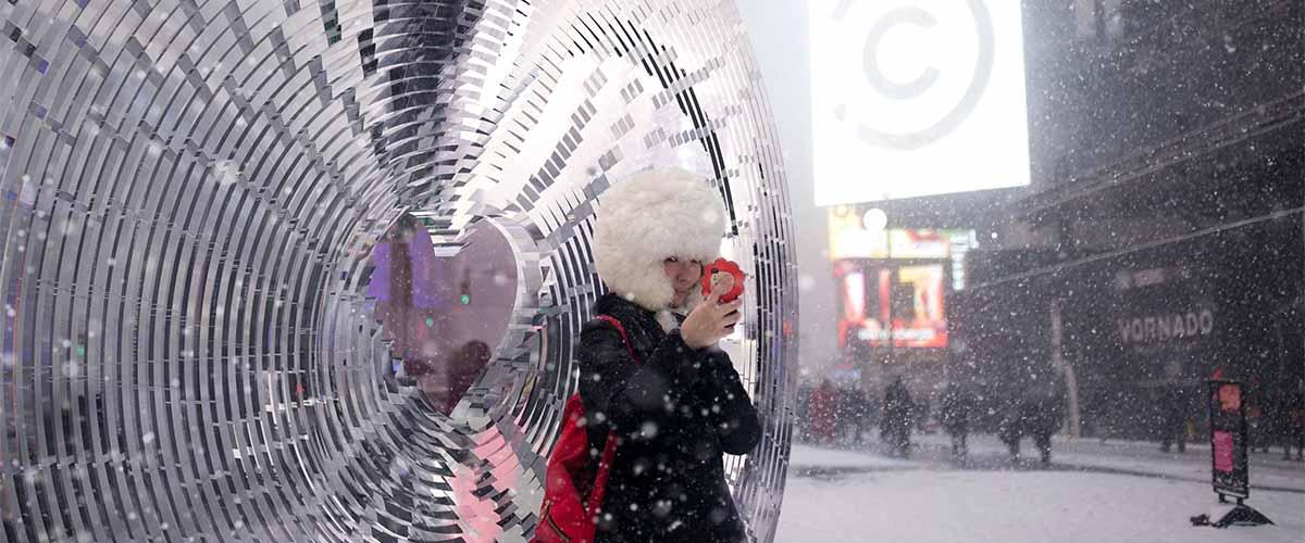 پرینت سه بعدی SLA طرح برگزیده روز ولنتاین 2018 در میدان تایمز نیویورک 2