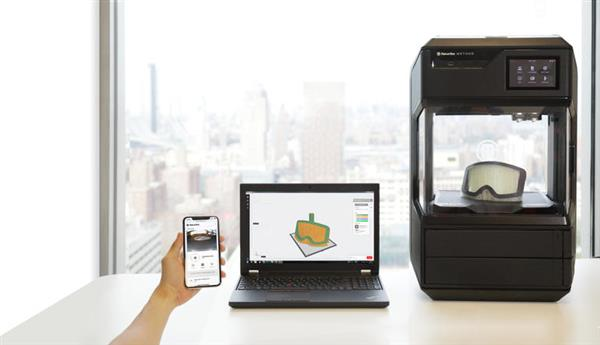 makerbot-returns-with-makerbot-method-its-first-performance-3d-printer-2